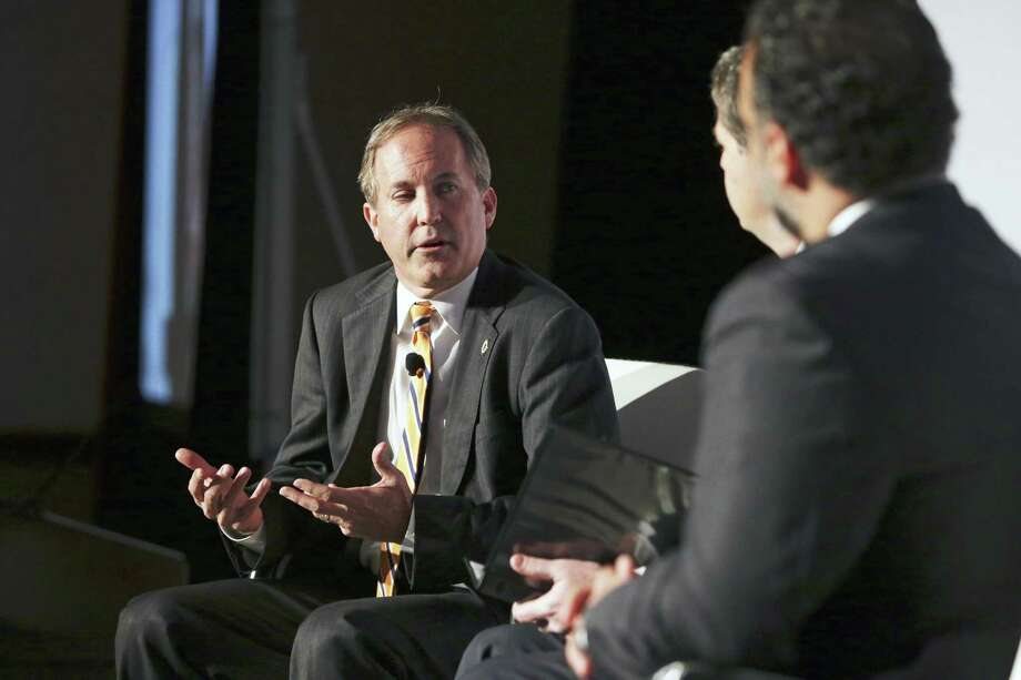 Attorney General Ken Paxton comments on federal health care laws at the opening keynote luncheon of the Texas Public Policy Foundation event in Austin on January 9, 2019. Photo: Tom Reel / Staff Photographer / 2018 SAN ANTONIO EXPRESS-NEWS