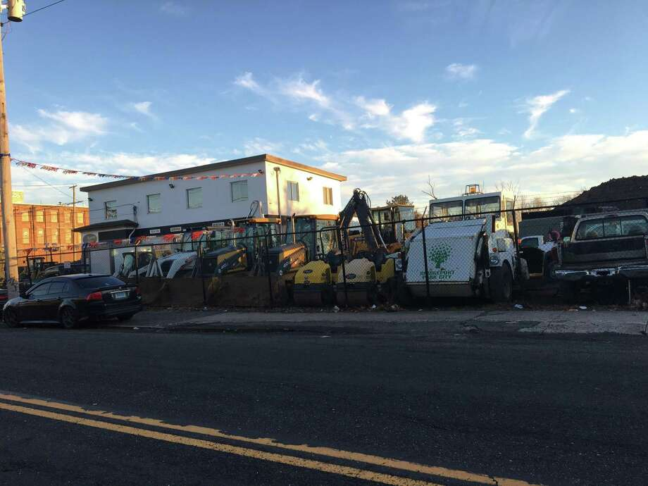 Federal authorities have demanded documents on city contracts involving Seaview Equipment & Supply Inc., which sits on the corner of Crescent and Seaview Avenues in Bridgeport. Photo: Ken Dixon