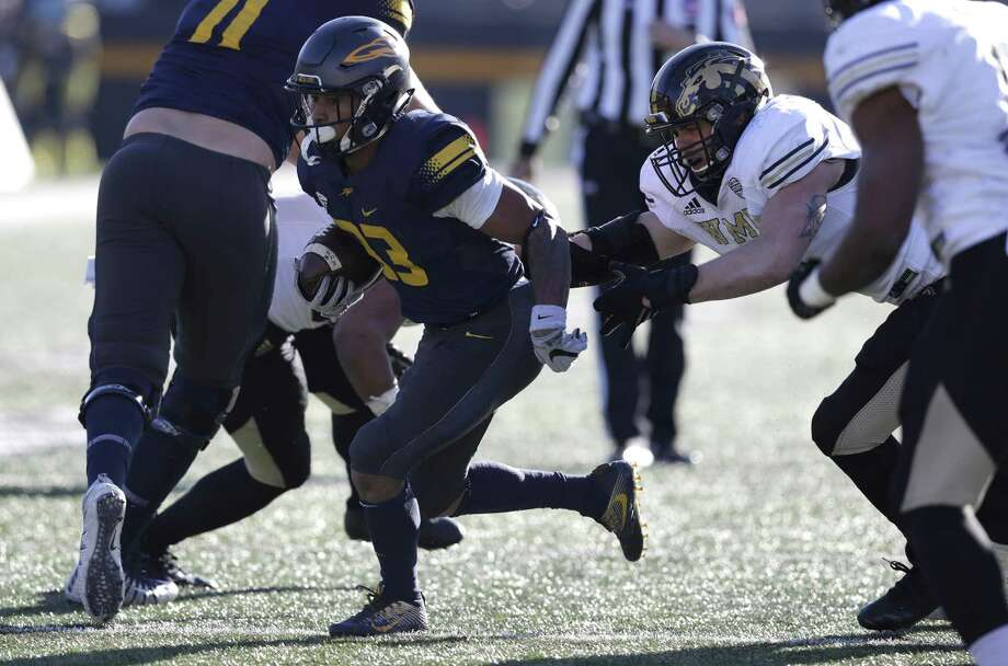 Former Toledo running back Art Thompkins has earned some rave reviews from his UConn teammates since joining the Huskies. Photo: Associated Press File Photo / Copyright 2017 The Associated Press. All rights reserved.