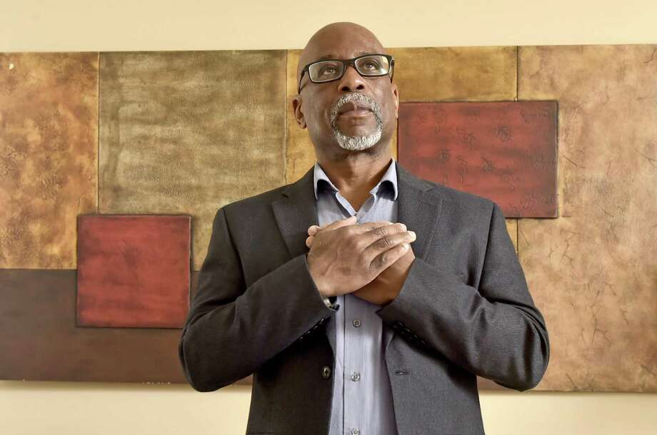 Frank Harris III, a journalism professor at Southern Connecticut State University, believes there should be recognition of the 400th anniversary of enslaved people being brought to Virginia. Photo: Peter Hvizdak / Hearst Connecticut Media / New Haven Register