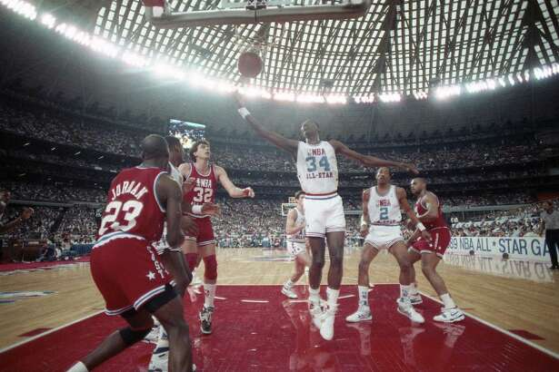 In-game action during the 1989 NBA All Star Game at the Astrodome, Feb. 12, 1989.