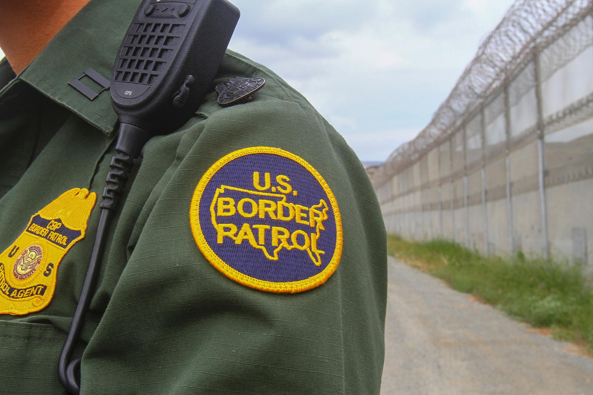 Human smuggling attempt involving 49 immigrants halted at Laredo checkpoint