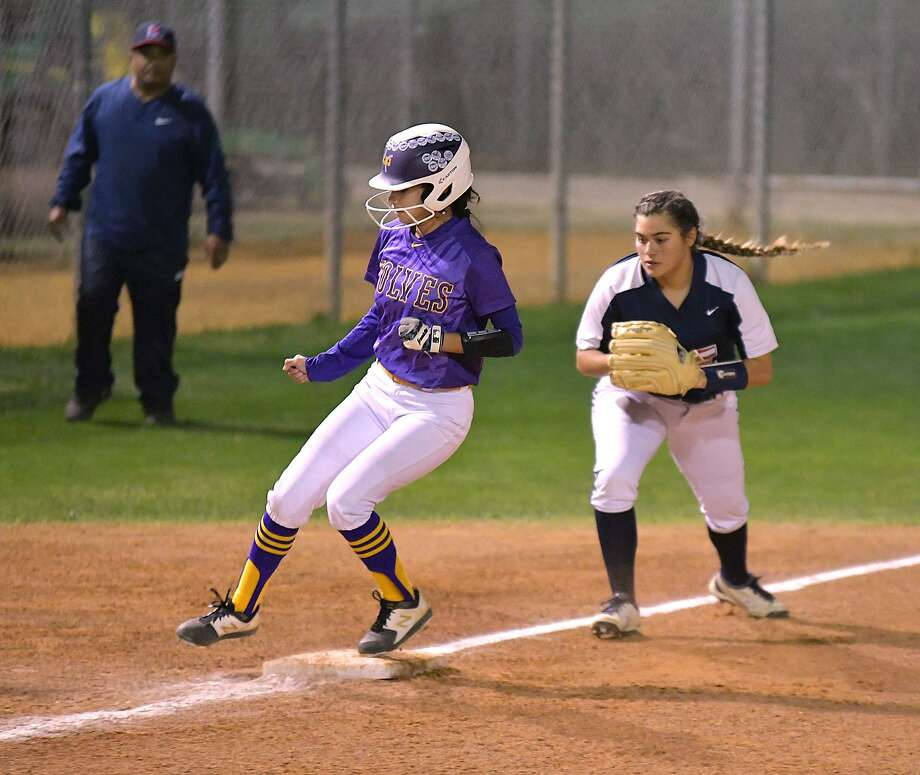 LBJ will face off at the SAC on Monday taking on Del Rio at noon. They are one of two local games including Cigarroa playing Alice at Zachry Field 1 at 7 p.m. Photo: Cuate Santos /Laredo Morning Times File / Laredo Morning Times