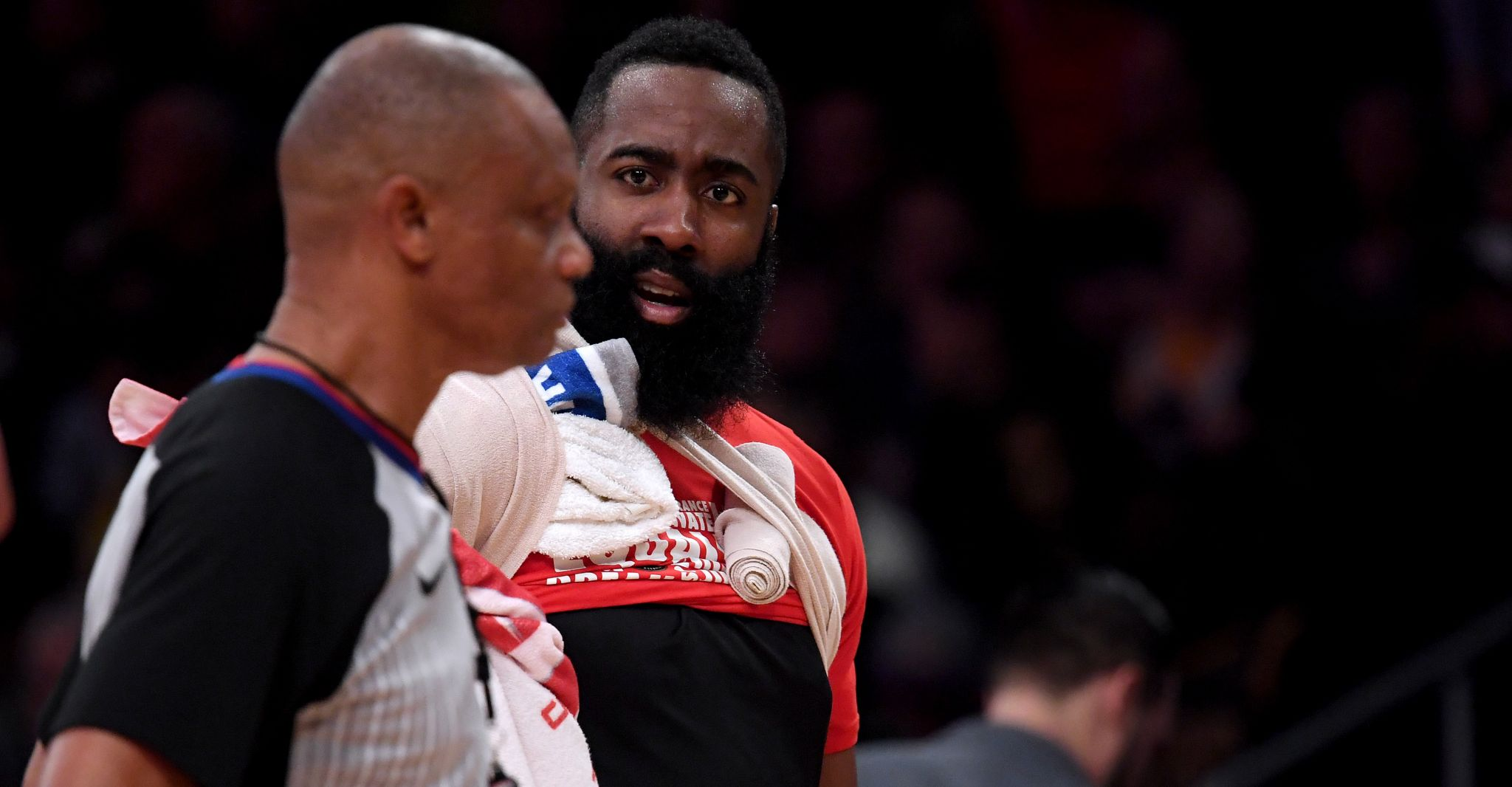 Rockets vent frustration with officiating after loss to Lakers
