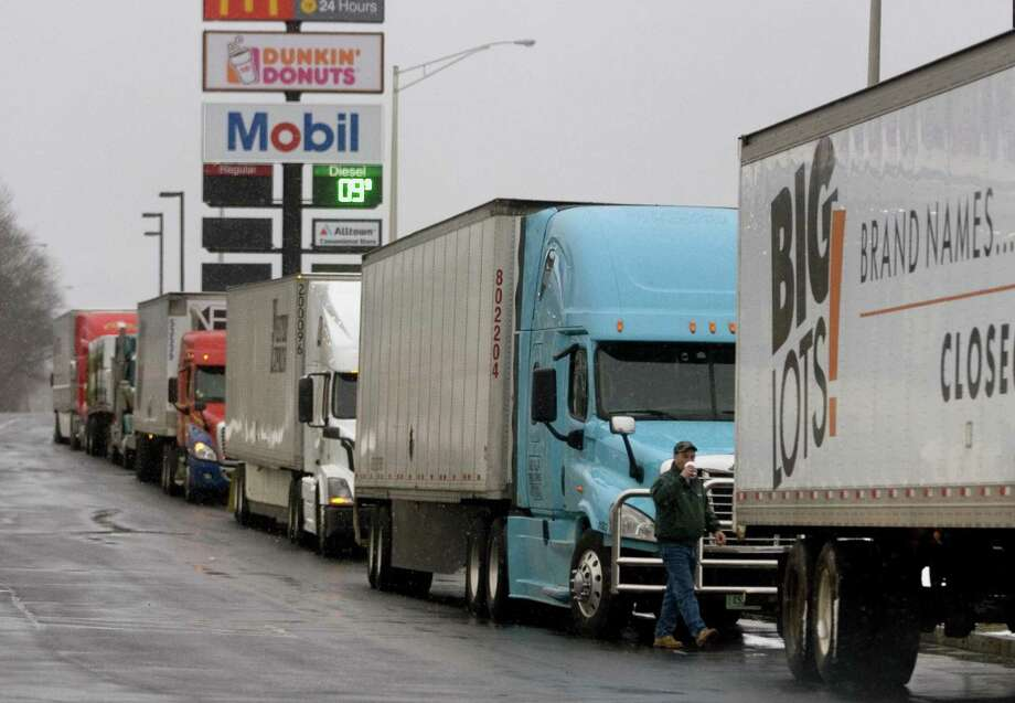 The Connecticut trucking industry experienced a slight decline at the end of 2018. Photo: Christian Abraham / Hearst Connecticut Media / Connecticut Post