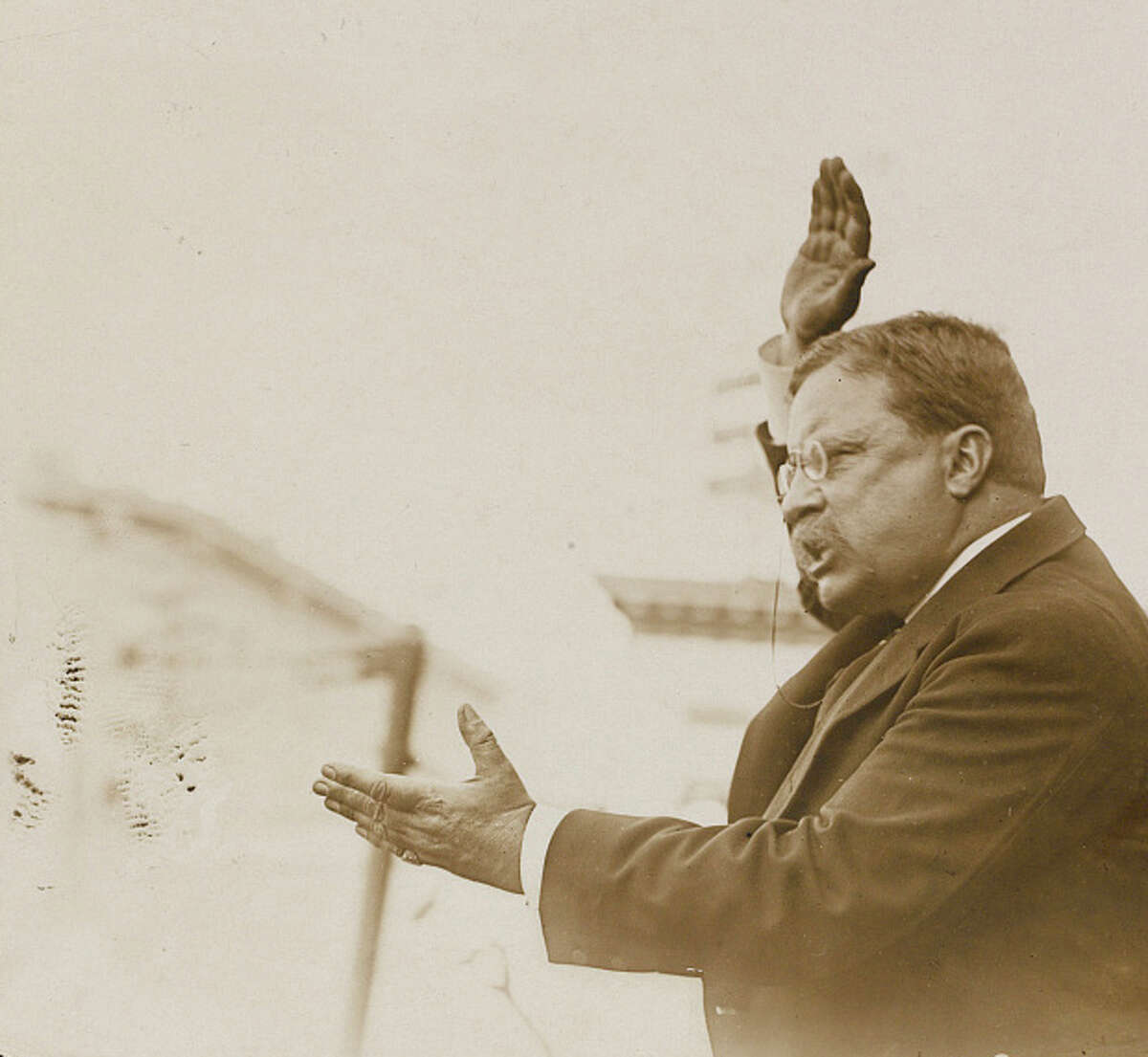 Theodore Roosevelt campaigning in Yonkers, N.Y., Oct 17, 1912.
