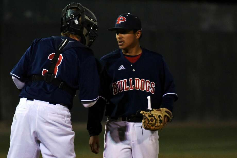 The Plainview Bulldogs hold a 2-1 record after two days in the Railyard Classic. The team started with wins over Big Spring and Andrews on Thursday, but fell to Trinity Christian on Friday. The team resumes tournament action against Hereford and Bushland on Saturday. Photo: Claudia Lusk/Plainview Herald
