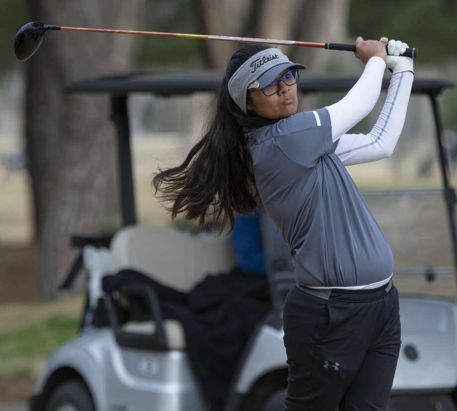 Midland High's Anaya Perales follows her tee shot 02/22/2019 in the Tall City Girls Golf Invitational at Ranchland Hill Golf Club. Tim Fischer/Reporter-Telegram Photo: Tim Fischer