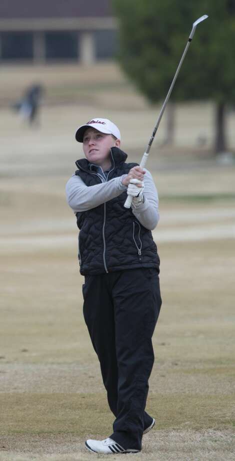 Lee High's Rebecca Reed chips onto the green 02/22/2019 in the Tall City Girls Golf Invitational at Ranchland Hill Golf Club. Tim Fischer/Reporter-Telegram Photo: Tim Fischer