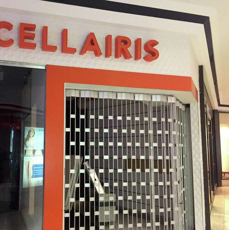 The Cellairis cell phone accessory-and-repair store at the Stamford Town Center mall, as seen on Monday, Feb. 18, 2019, has closed. Photo: Contributed Photo