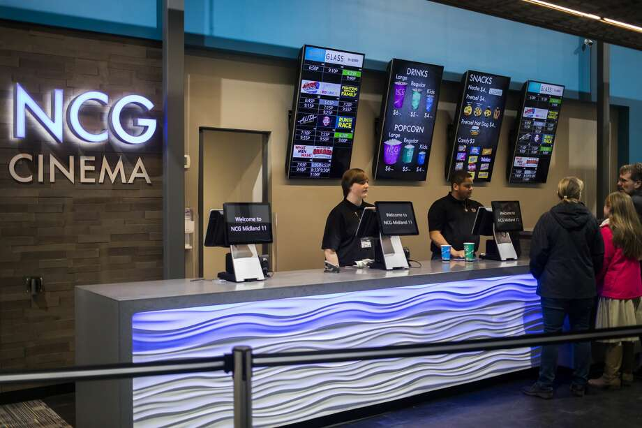 NCG Midland Cinemas has reopened after renovations. In addition to a complete renovation of the theater's auditorium, lobby, concessions and restroom areas, new additions to the theater include heated luxury seats and a full-service bar. (Katy Kildee/kkildee@mdn.net) Photo: (Katy Kildee/kkildee@mdn.net)