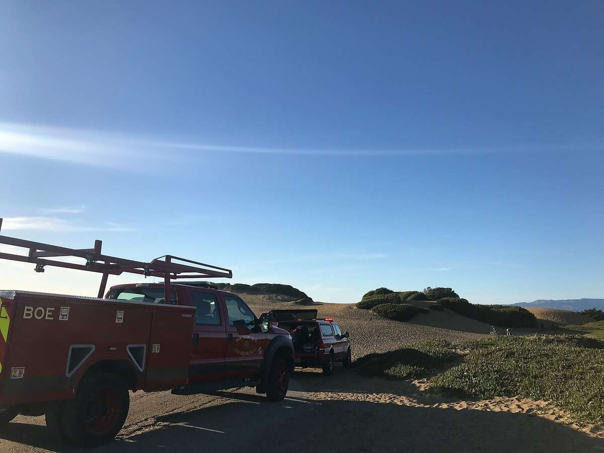 Rescue personnel at the scene of the Fort Funston rescue.