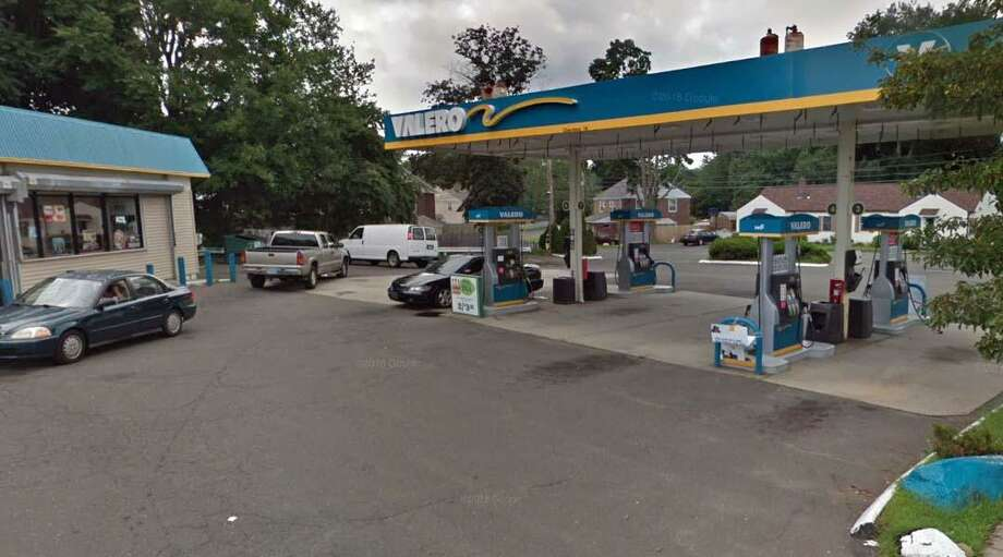 Power line falls at bridgeport gas station sparks fire - Garden state parkway gas stations ...