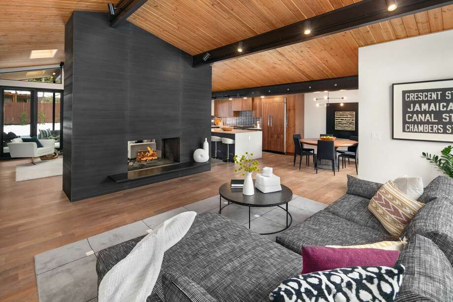 In Kirland, a remodeled mid-century modern blends old and new, outside and inside, asking $1.3M Photo: Clarity NW/Andrew Webb