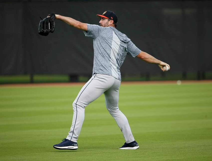 Houston Astros right handed pitcher Justin Verlander (35) throws during throwing program at Fitteam Ballpark of The Palm Beaches on Day 10 of spring training on Saturday, Feb. 23, 2019, in West Palm Beach.