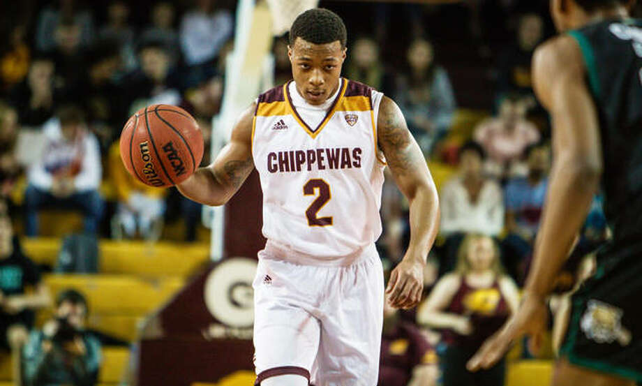 Central Michigan University senior Shawn Roundtree Jr., a 2014 Edwardsville graduate, brings the ball up the court during a game earlier this season. Photo: Central Michigan University
