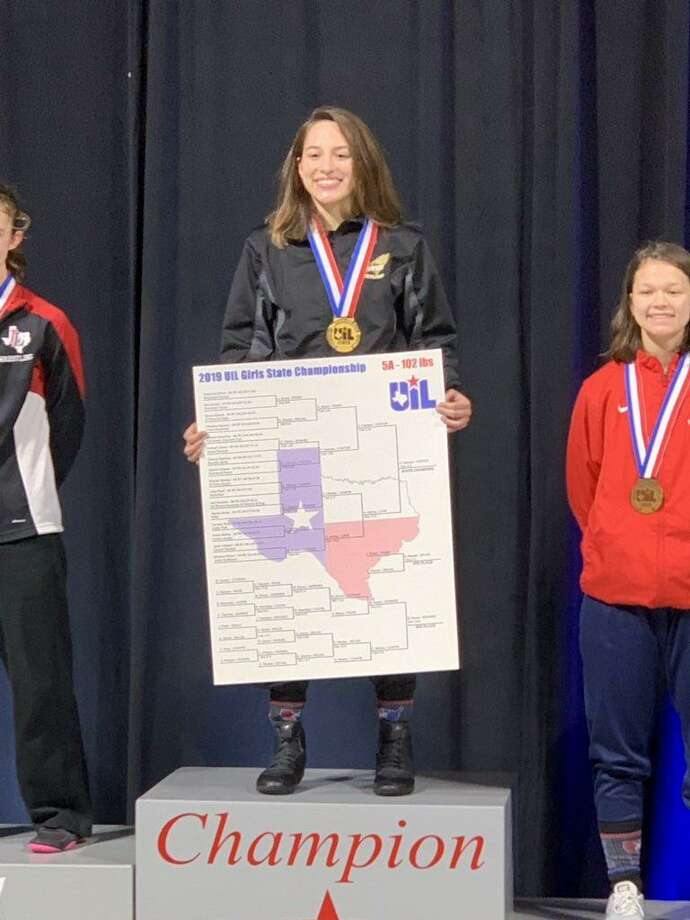 Foster senior Valerie Carreon finished her high school wrestling career with her first state championship, winning the 102-pound bracket Feb. 23 at the Berry Center. Carreon finished 41-2 for the season. Photo: Foster High School / Foster High School