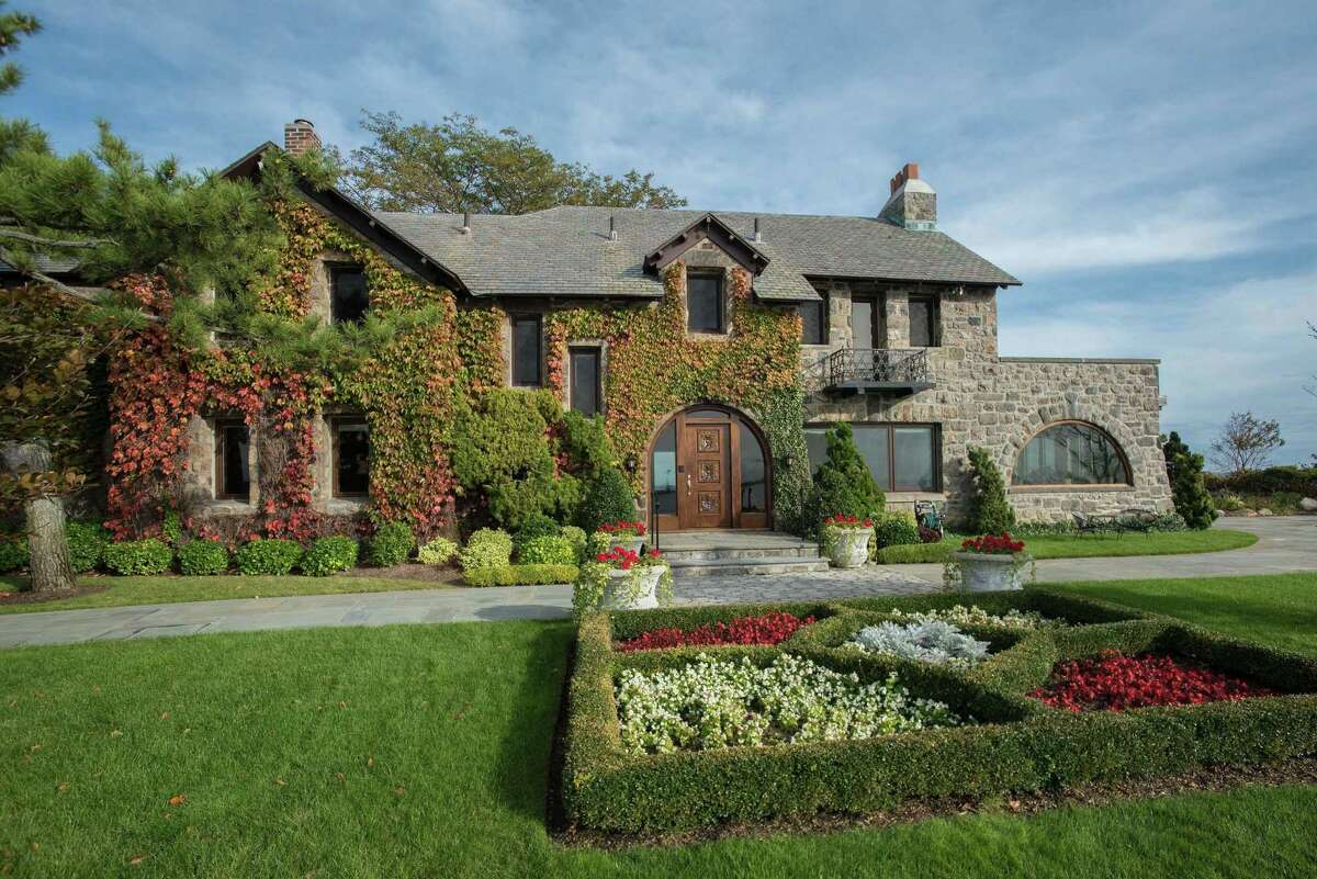 Built in 1914 by Hunt and Hunt architects, the Richardsonian-style American country home at 123 Saddle Rock Road in Stamford has only had four owners in 103 years.