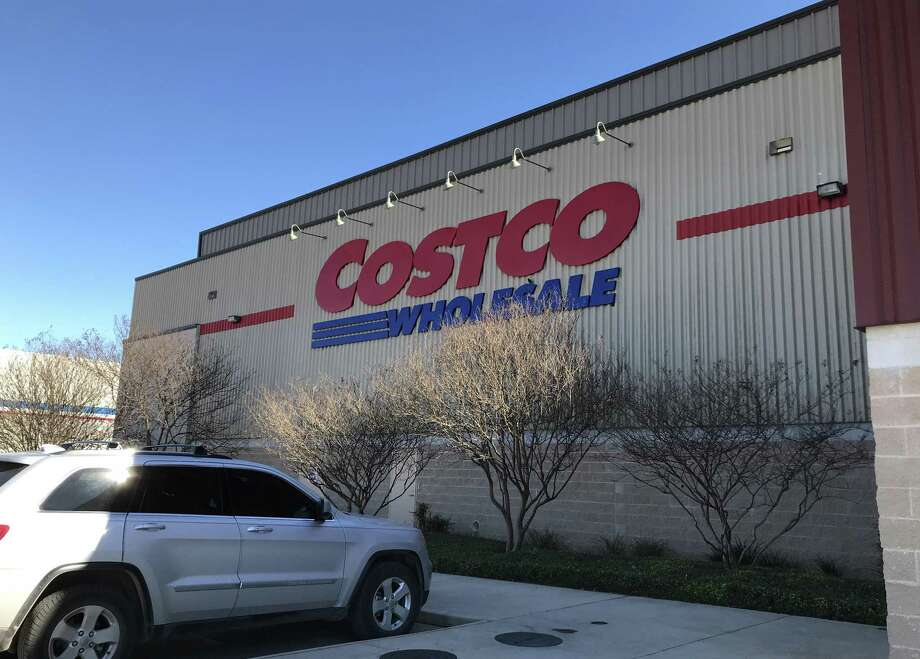Costco customers swear by certain products the retailer sells, such as olive oil, rotisserie chicken, and even golf balls. But there are some other products that you shouldn't buy here. Photo: Paul Stephen / Staff
