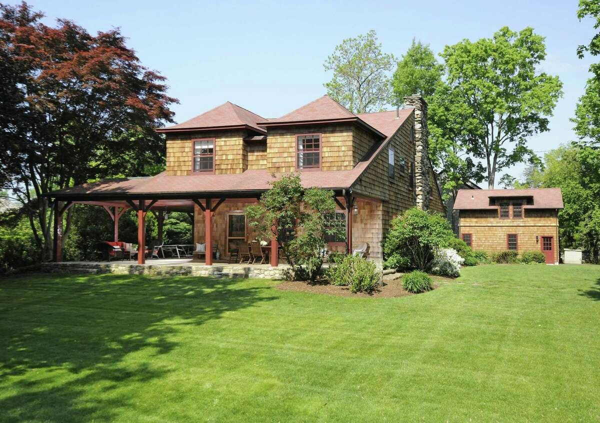 The home at 5 Ledge Road is listed for $3.275 million by Coldwell Banker's Cynthia De Riemer. De Riemer is a proponent of legal representation for her clients and for the clients on the other side of the deal.