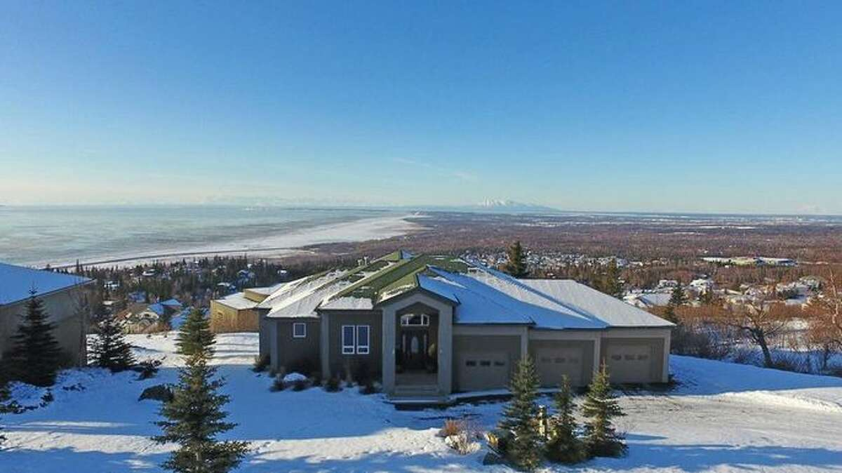 Anchorage, AK Anchorage, AK ZIP code: 99516 Median home list price: $537,129