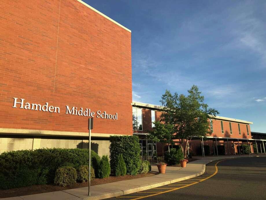 Hamden Middle School Photo: Ben Lambert / Hearst Connecticut Media /
