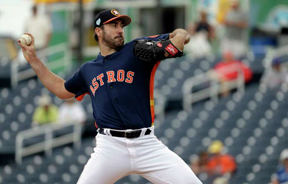 Houston Astros starting pitcher Justin Verlander throws during the first inning of an exhibition spring training baseball game against the New York Mets Monday, Feb. 25, 2019, in West Palm Beach, Fla. (AP Photo/Jeff Roberson) Photo: Jeff Roberson, Associated Press / Copyright 2019 The Associated Press. All rights reserved.