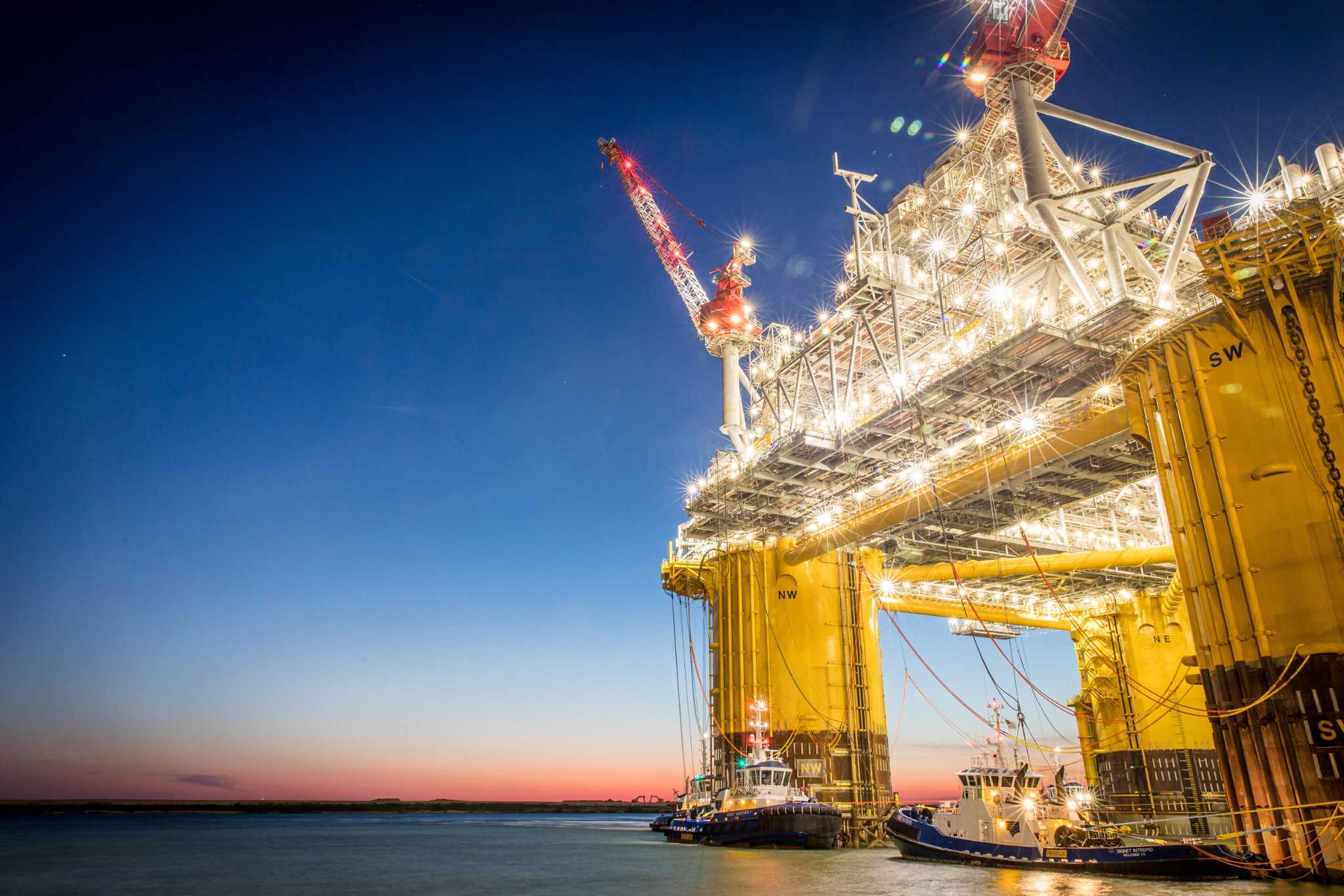 Record Gulf oil output to average 2 million barrels daily in 2020