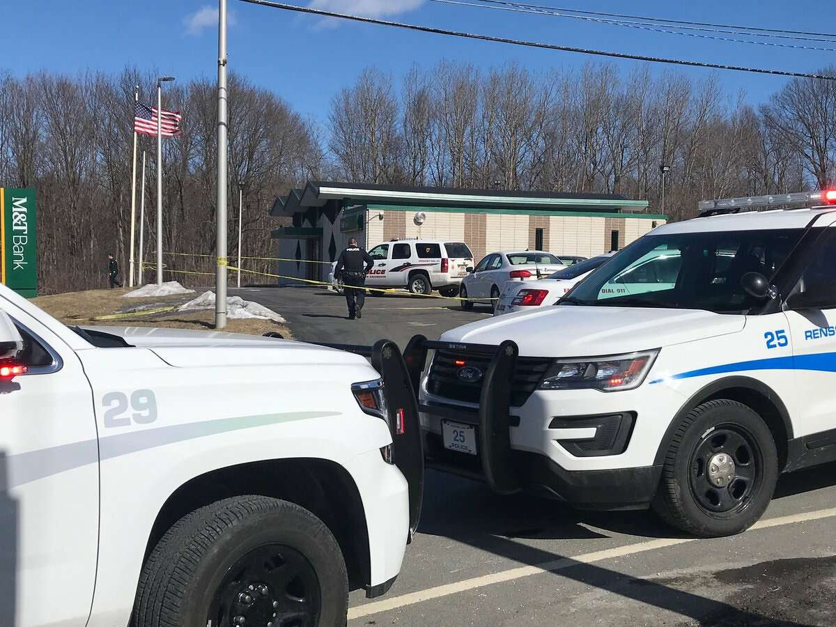 Site of a bank robbery at M& bank on Jordan Road in North Greenbush on Tuesday, Feb. 26, 2019.