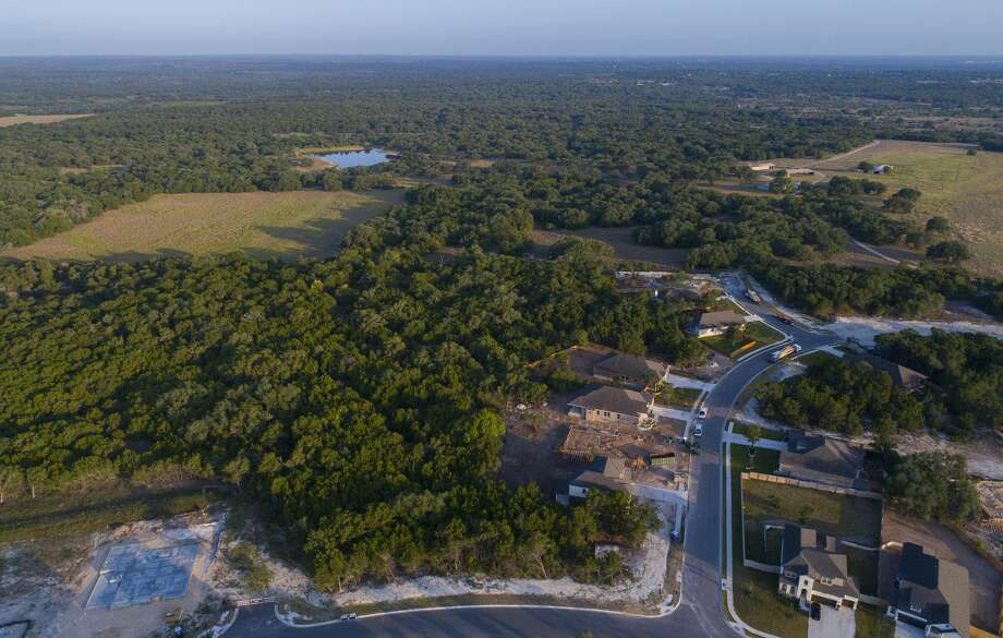 As development continues on the west side of Kyle, new construction is approaching nearly 2,200 acres along the Blanco River that were once owned by the School Land Board. Photo: Mark Mulligan/Staff Photographer