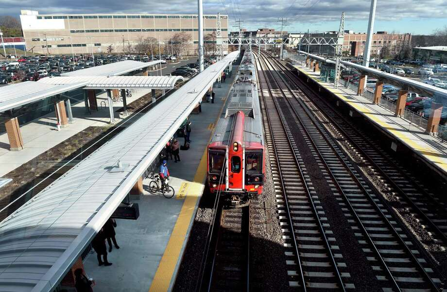 A Metro-North commuter train picks up passengers at the West Haven train station. Photo: File Photo