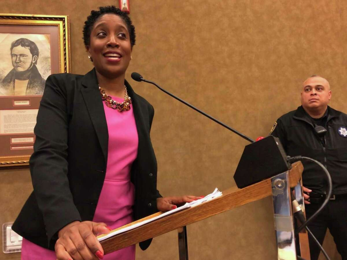 Harris County Commissioners Court on Tuesday appointed assistant public defender Genesis Draper to the County Criminal Court at Law 12 seat left vacant by the death earlier this month of Judge Cassandra Hollemon