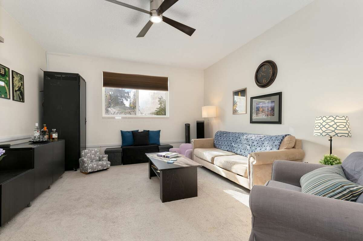 4726 S. Victor St., listed for $395,000. See the full listing here.