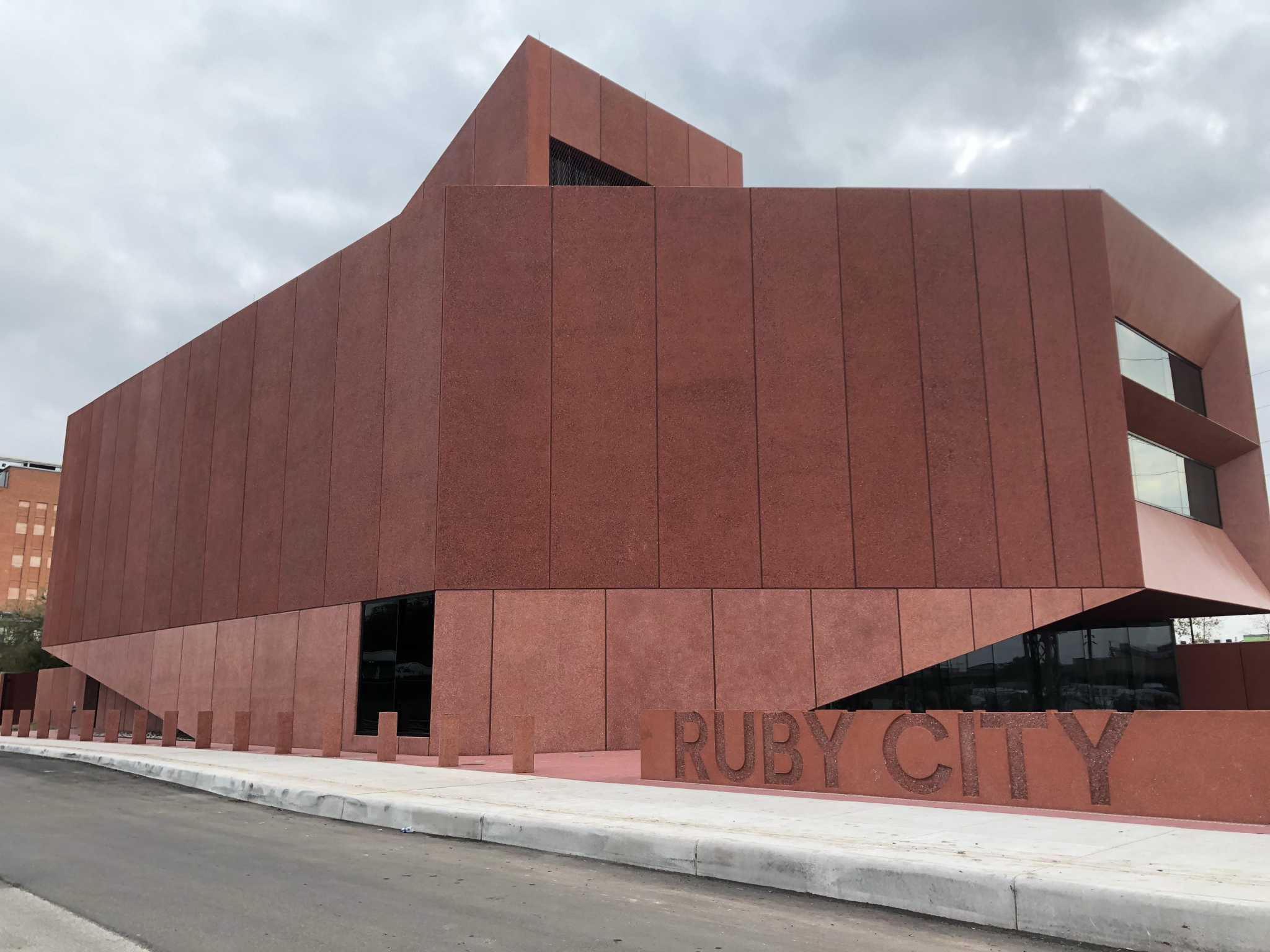 Ruby City contemporary art museum in San Antonio announces inaugural exhibits