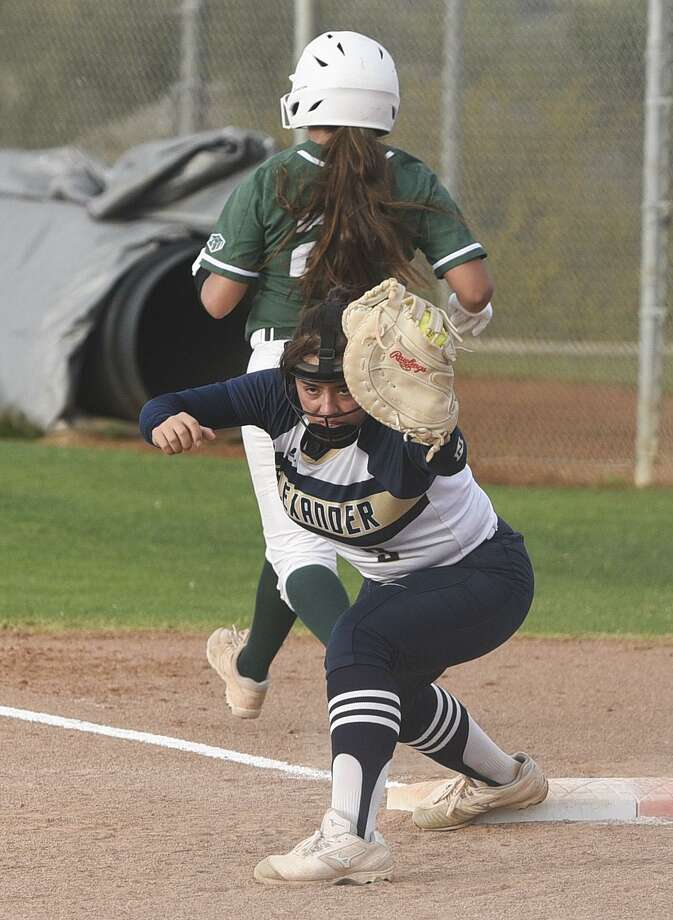 Alexander lost 13-0 to PSJA Memorial at the SAC as it was one of three local teams that was shut out and held to one hit Tuesday. Sophie Cavazos was 1-for-1 with a hit-by-pitch and a stolen base. Photo: Danny Zaragoza /Laredo Morning Times