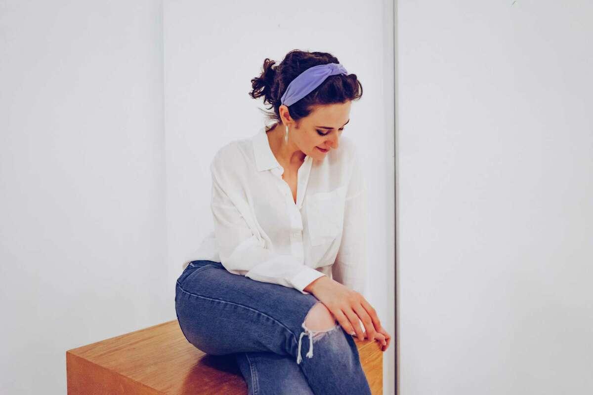 Girl Blue (Kiki Vassilakis photo)