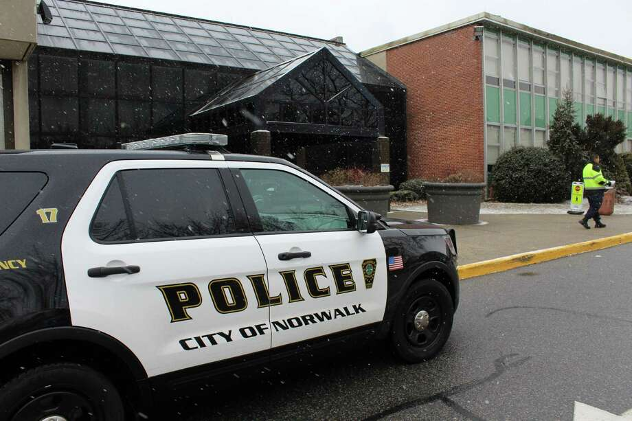 State and local police responded to Norwalk Community College on Wednesday on reports of threats made by a student. Photo: Pat Tomlinson / Hearst Connecticut Media