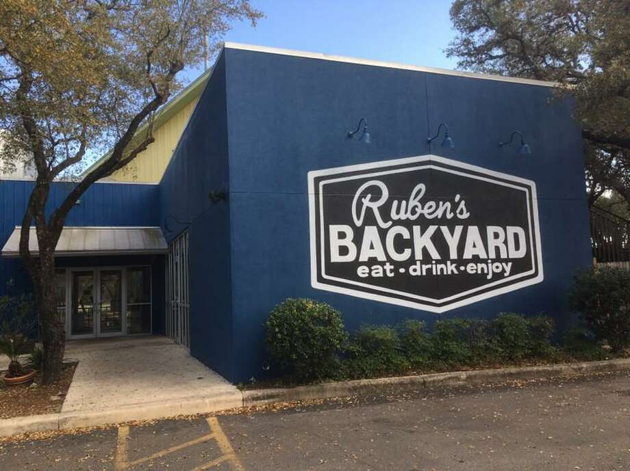 Ruben's Backyard is now open at 13838 Jones Maltsberger Rd., inside the former space of MoMak's Backyard Malts & Burgers. Photo: Chuck Blount /Staff
