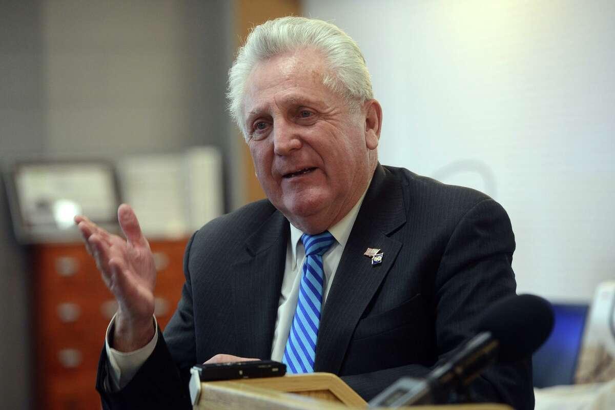 Mayor Harry Rilling.