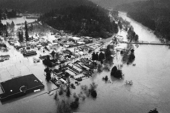 Aerial photo of Guerneville  flooding., February 18, 1986  Photo ran 02/19/1986, P. 1