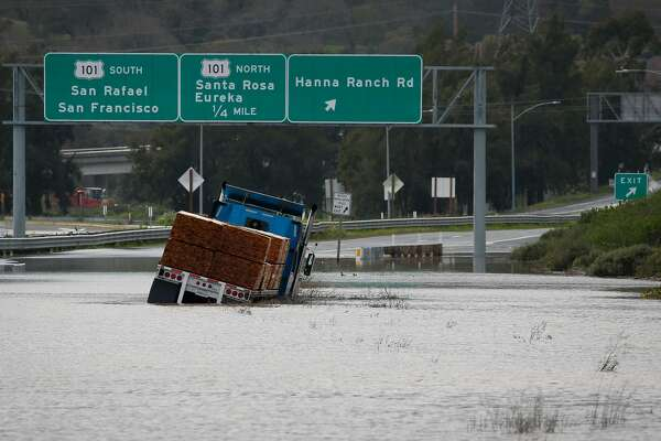 Storm plagues Bay Area traffic to cause numerous crashes, delays