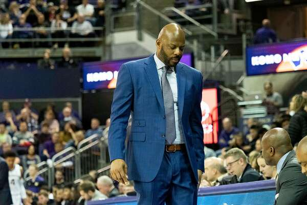 SEATTLE, WA - JANUARY 19: California Golden Bears head coach Wyking Jones reacts during a college basketball game between the California Golden Bears against the Washington Huskies on January 19, 2019, at Alaska Airlines Arena at Hec Edmundson Pavilion in Seattle, WA. (Photo by Joseph Weiser/Icon Sportswire via Getty Images)