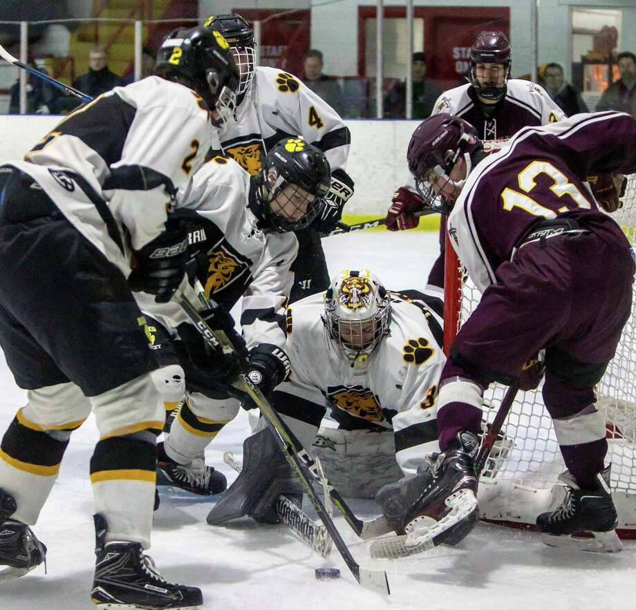 Sheehan beats Hand, JBWA lights the lamp in win over Lyman