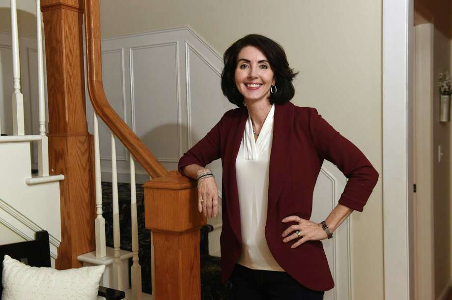 Kelly Linehan, founder of Linehan College Counseling, is seen at a student's home on Tuesday, Jan. 22, 2019 in Niskayuna, N.Y. Kelly's business focuses on helping students navigating the college application process. (Lori Van Buren/Times Union) Photo: Lori Van Buren / 40045922A
