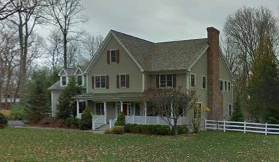 75 Colonial Road in New Canaan sold for $1,385,000. Photo: Google Street View