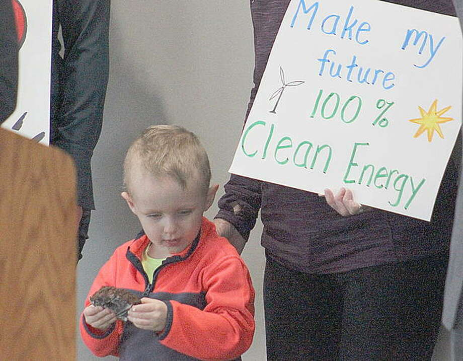 Those in support of the Illinois Clean Energy Bill stressed the importance the bill can have on future generations by bringing the state to 100 percent renewable energy by 2050.