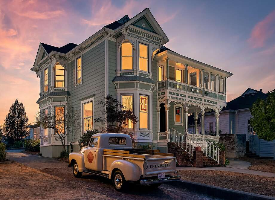 Photographer Bart Edson shot this two-story Victorian in Petaluma. Photo: Bart Edson Photography