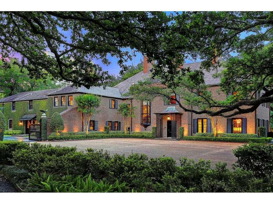 2 Longfellow Lane, Houston, 77005Listing price: $15,000,000Bedrooms: 5Bathrooms: 5 full, 3 halfYear built:1921 Photo: Houston Association Of Realtors