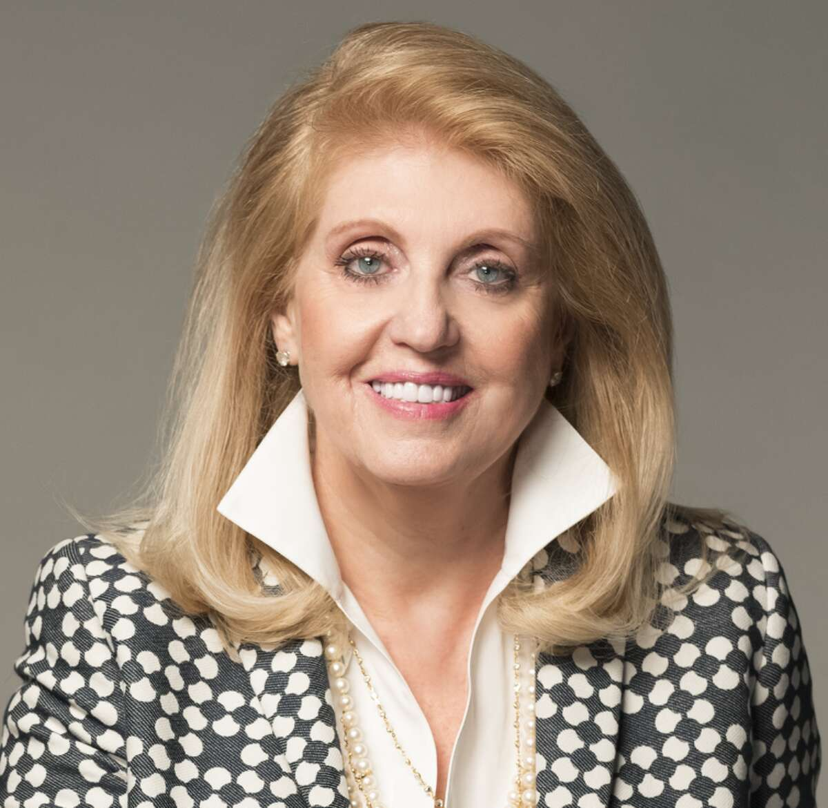 """Lifetime Achievement Award """"Among the winners this year is Deborah Bauer for the Lifetime Achievement Award. After founding Drake Commercial Group in 1989, Deborah has found local and national acclaim for her work in the commercial real estate field, a field typically dominated by men."""""""