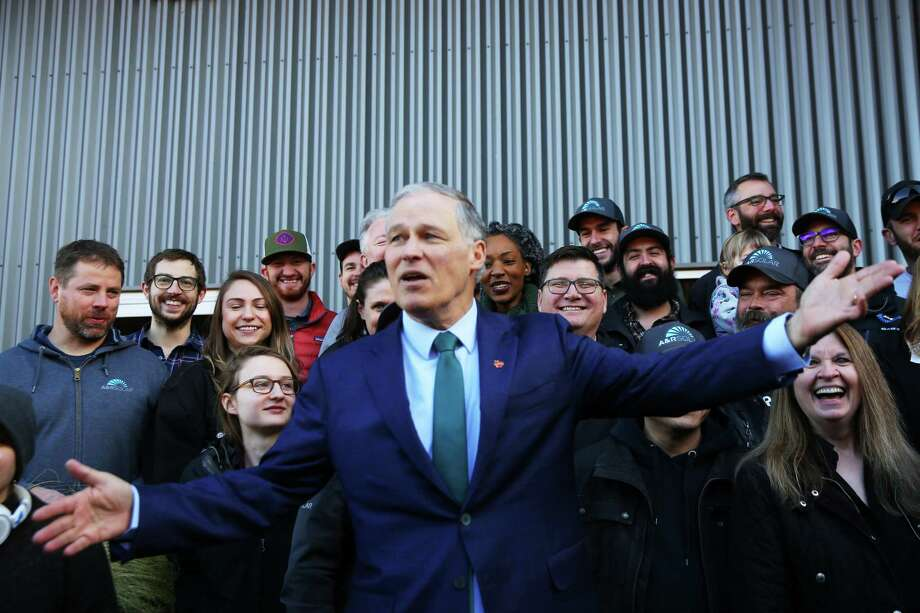 "Washington Gov. Jay Inslee takes his ""Climate Mission Tour"" on the road, and onto a CNN Town Hall Wednesday night.  Other candidates are hot.  The ""climate candidate"" is not.  But Inslee still has time to catch on.. Photo: Genna Martin / seattlepi.com"